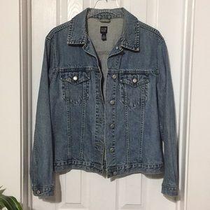 Classic Gap Jean Jacket size Large (hh)